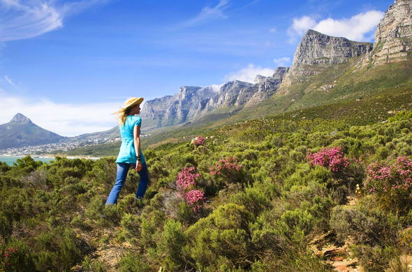 Hiking along the Twelve Apostles in Cape Town.